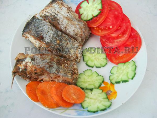 рыба диетическая запеченная с овощами в фольгами. рецепты блюд для диеты