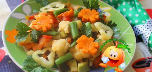 Овощное рагу со спаржевой фасолью и цветной капустой